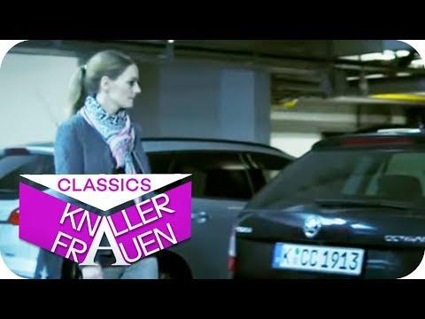 So kommt man an sein zugeparktes Auto   Knallerfrauen mit Martina Hill