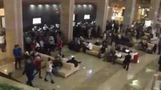 Бардак в гостинице(, 2012-10-28T09:00:36.000Z)