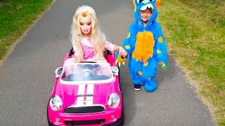 Playing in the Park /Princess Pink Car / Barbie Power Wheels Ride