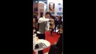 Sunjunkie self tanning bodymist tutorial Thumbnail