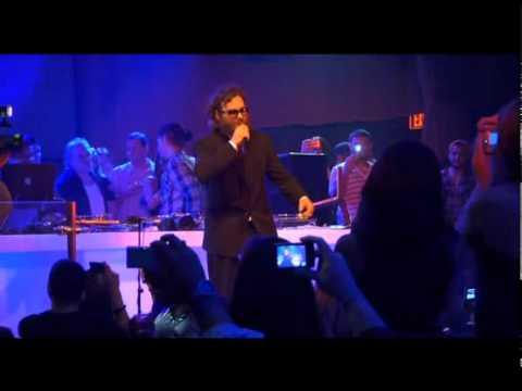 Joaquin Phoenix I'm Still Here rap from LIV in Miami