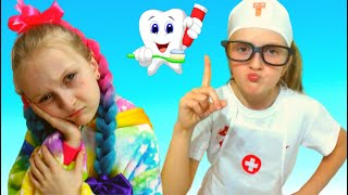 Tawaki kids and funny story about a dentist.Pretend play