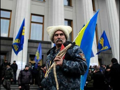 UKRAINE'S Political Crisis - A Divided Country -  What will be Russia's Role?