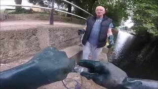 magnet fishing 200 kg Neodymium magnet vs 130 kg Farrite magnet who's the winner