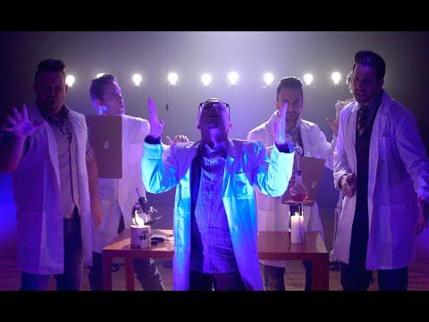 VoicePlay  1 Minute Musicals: Lightbulb  Maker Studios SPARK