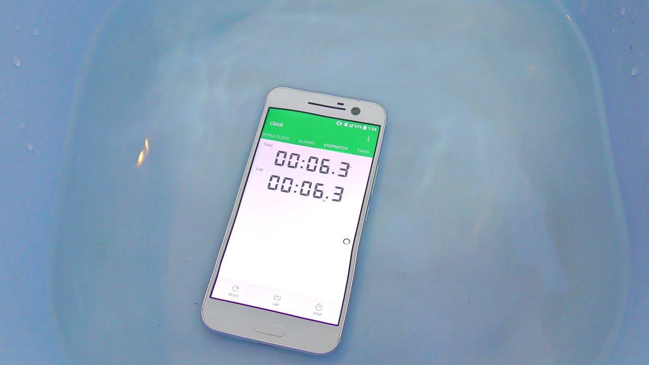 new arrival 4bae7 35ad5 HTC 10 Water Test! Is it Waterproof? (4K)