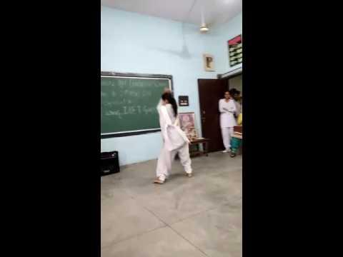 Desi Haryanvi girl dance