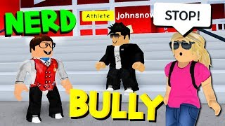 She saw me getting BULLIED & she did THIS.. (Roblox High School)