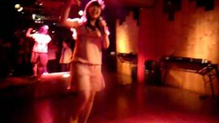 2010年5/12日 目黒食堂ライブ 先日起こった悲しい出来事を乗り越...