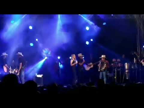 Gino e Geno ao vivo participação Larissa Lima_boate azul