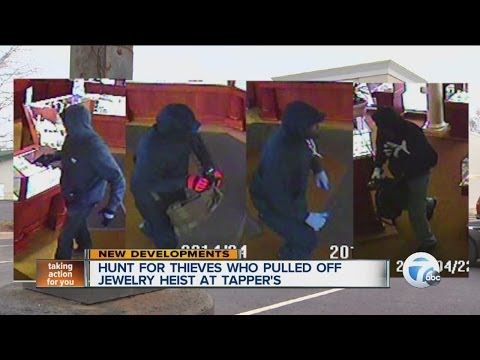 Hunt for thieves who pulled off jewelry heist at Tapper's