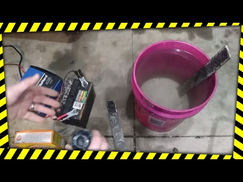 Removing Rust with Electrolysis, DIY the easy, clean way!