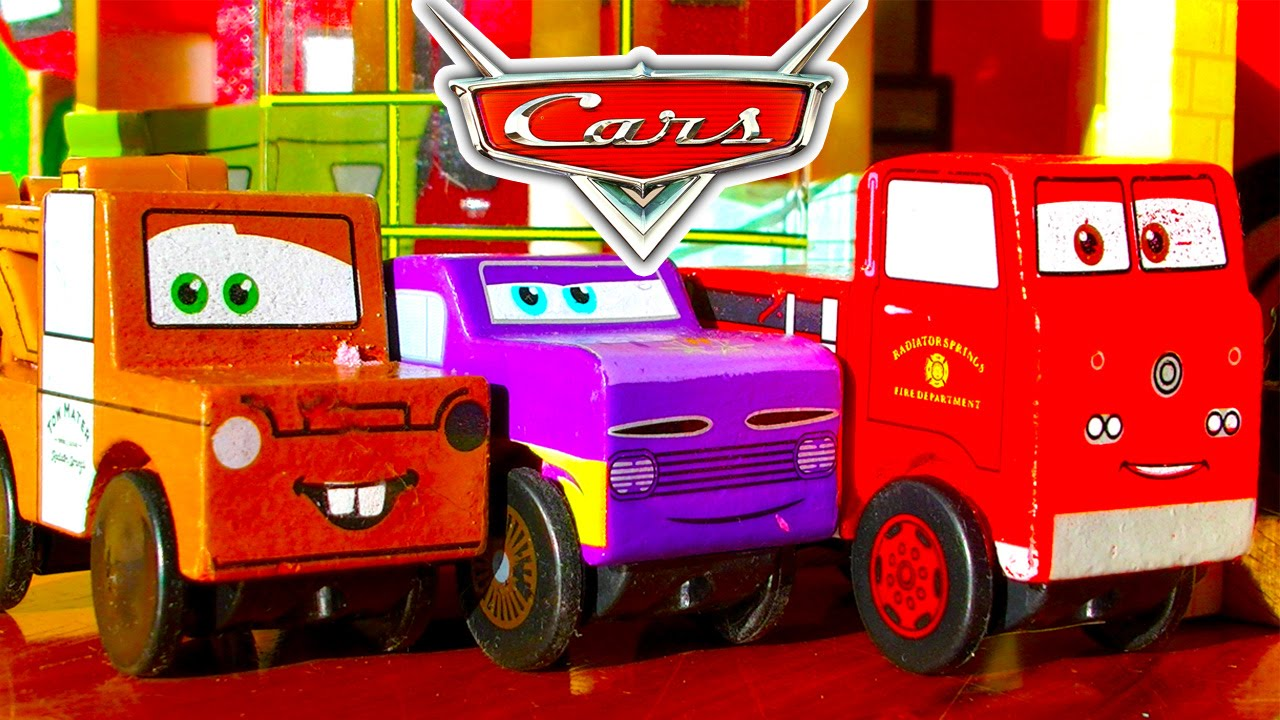 Disney Cars Radiator Springs Race Track & Micro Chargers Demolition ...