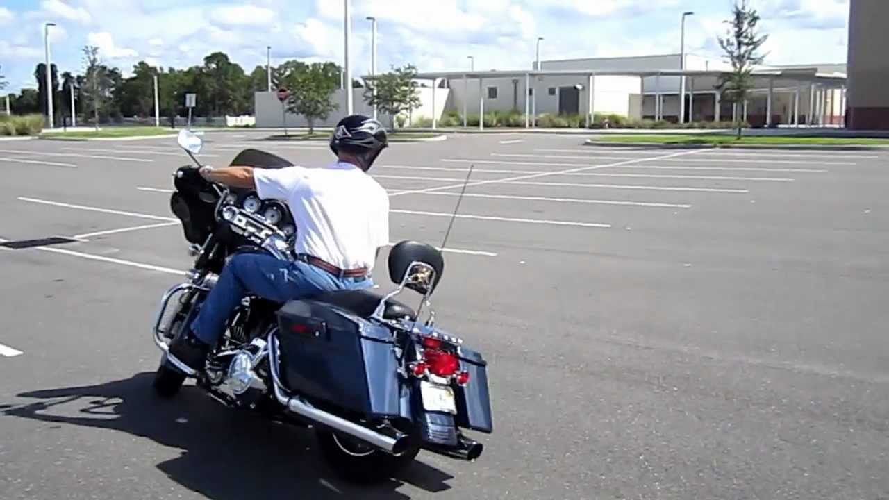 Riding A Harley Davidson Street Glide Through The Ride Like A Pro