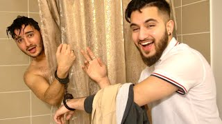 I SHOWERED WHILE HANDCUFFED! (HILARIOUS)