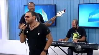 Cantor Pablo paga mico em programa de TV