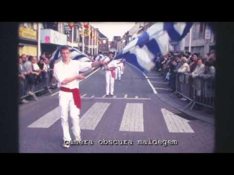 S8-ST00-20028-3517 Filmfragment Millenium stoet Maldegemkermis 2000 (film super8).09