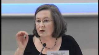 """Fórum """"A Economia das Línguas Portuguesa e Espanhola""""  - Maria de Lurdes Rodrigues"""