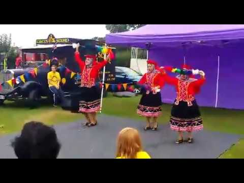 Peruvian Dance Group in Berkshire -Valicha