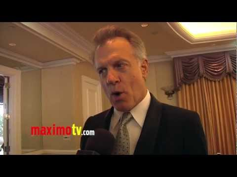 "Stephen Collins Interview at ""Night of 100 Stars"" 2013 Oscar Viewing Gala ARRIVALS"