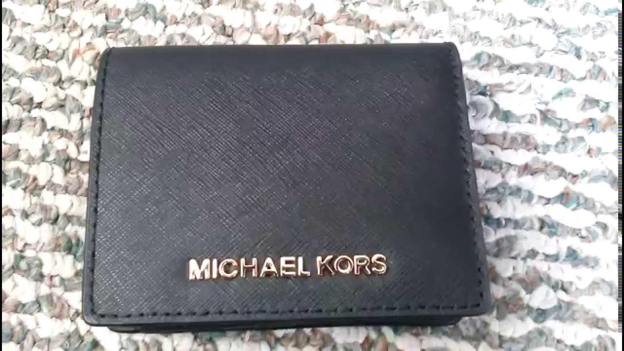 b299d8345f70 Michael Kors Jet Set Travel Wallet - YouTube
