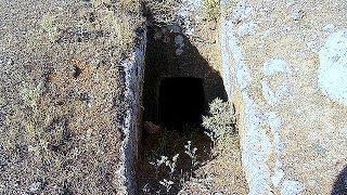 Zemin Altı Mezar Odası ve Girişleri