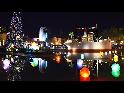Disney's Hollywood Studios Christmas Decorations After Dark 2017 w/Sunset Seasons Greetings, Tree