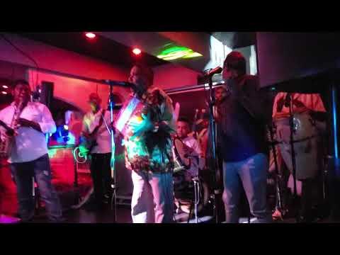 La Nema - El Maestro Pedron - Jueves Tipicos Rumba Deluxe Bar & Lounge Santo Domingo