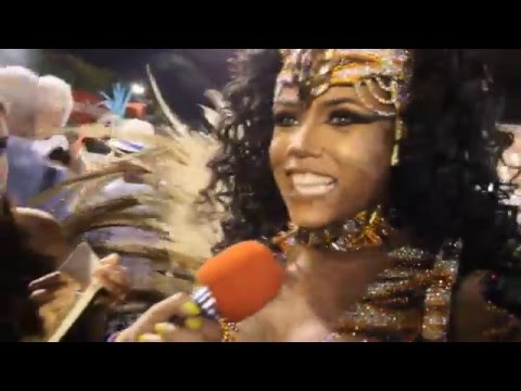 Carnaval 2016 || Evelyn Bastos - Rainha de Bateria da Mangueira