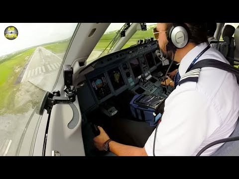 MUST SEE! Sukhoi Superjet COCKPIT: Mariano smoothly lands his Russian Lady of Interjet [AirClips]