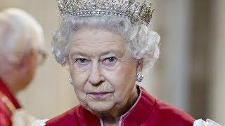 Ridiculous Jobs Queen Elizabeth Actually Has Her Staff Do