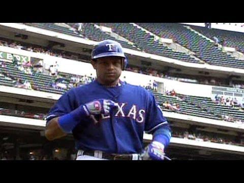 LAA@TEX: Sammy Sosa hits his 609th career home run
