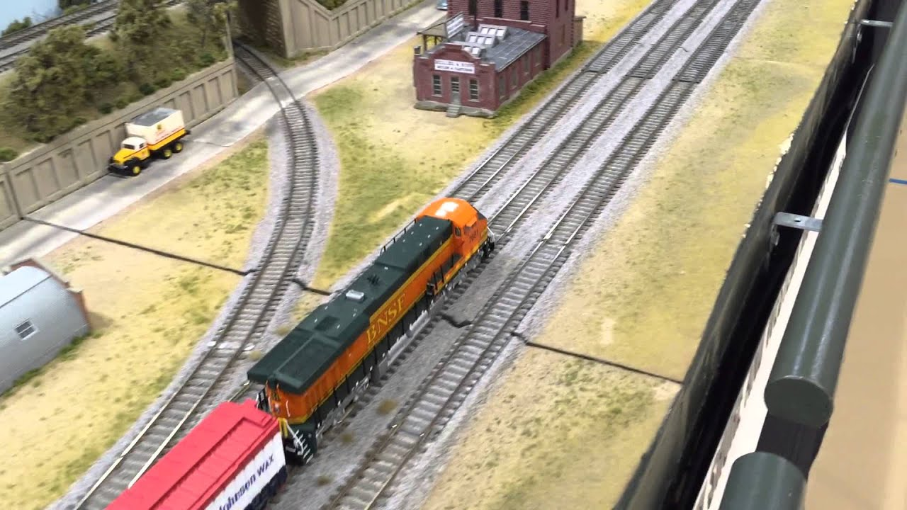 Bnsf Dash 9 Meets Santa Fe F7 Model Railroad Layout - Www
