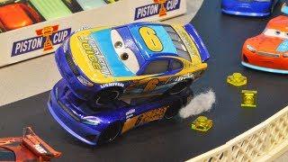 Cars 3 : Bubba Wheelhouse And Markus Krankzler's Double Racing! - StopMotion