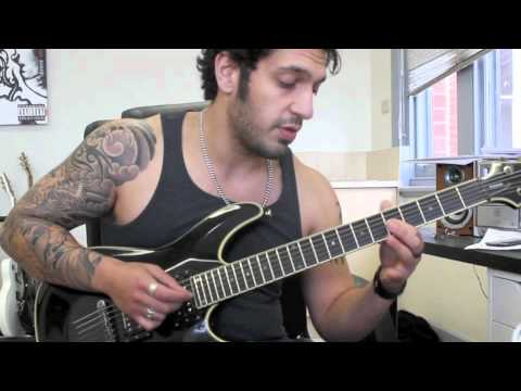 How to play 'Wonderful Slippery Thing'  by Gutherie Govan Guitar Solo Lesson pt2