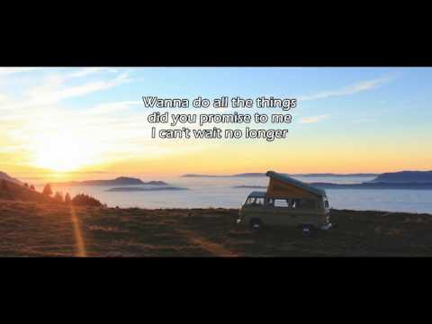 Akcent feat. Amira - Gold (Lyrics)