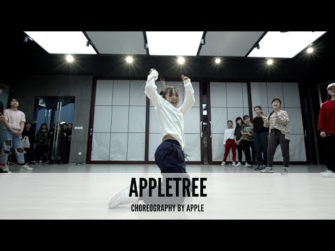 Erykah Badu - Appletree    Apple Choreography