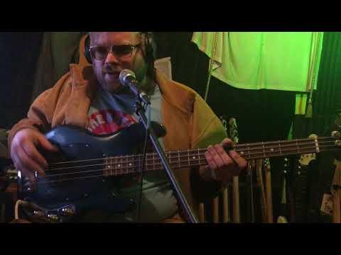 Music Man Bass test