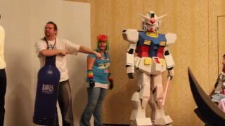 Gundam RX-78 Cosplay @ Chibi-Pa Moto 2011 Costume Contest Part 1