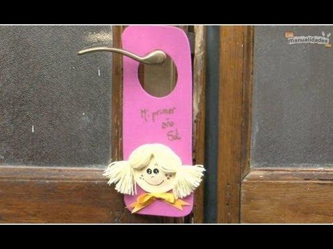 Colgantes para puertas infantiles youtube for Decoracion para puertas de preescolar