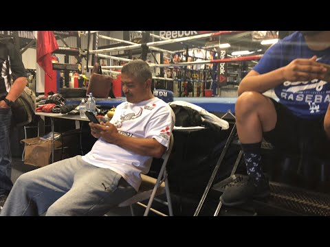 Robert Garcia on Linares fighting Lomachenko