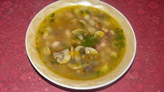 Постный суп с фасолью и грибами.