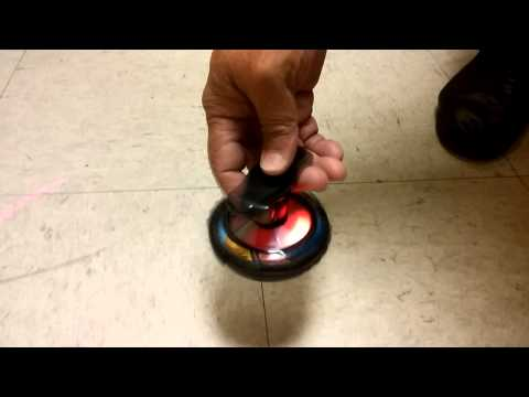 Wind up Light up Musical Spinning Top (129029)