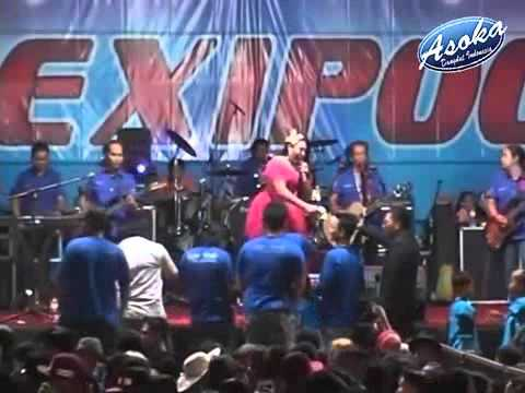 WIWID SAGITA   BAJU PENGANTIN   DANGDUT KOPLO KLASIK HOT OM MONATA LIVE TEXIPOC TRATEBANG 2015