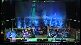 IRON MAIDEN - Run To The Hills (Live Rock in Rio 2001)