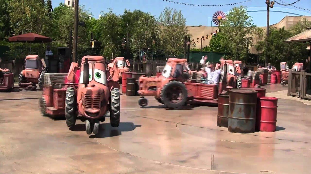 Taking a Spin on Tow Mater\'s Junkyard Jamboree - YouTube