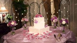 Cake Table At Wedding  New Pictures