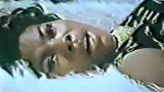 Dionne Warwick - Walk On By - Music Video