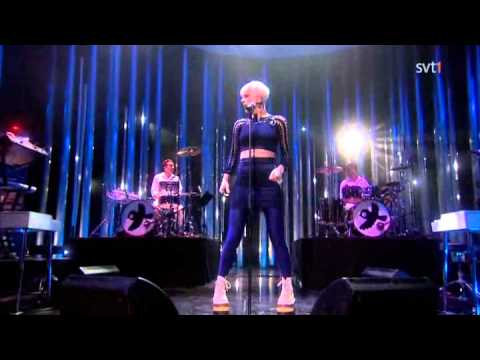 Robyn - Dancing On My Own ( Live Nobel Peace Prize Concert 2010 )