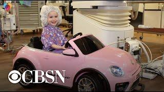 Hospital gives kids mini cars to drive into surgery